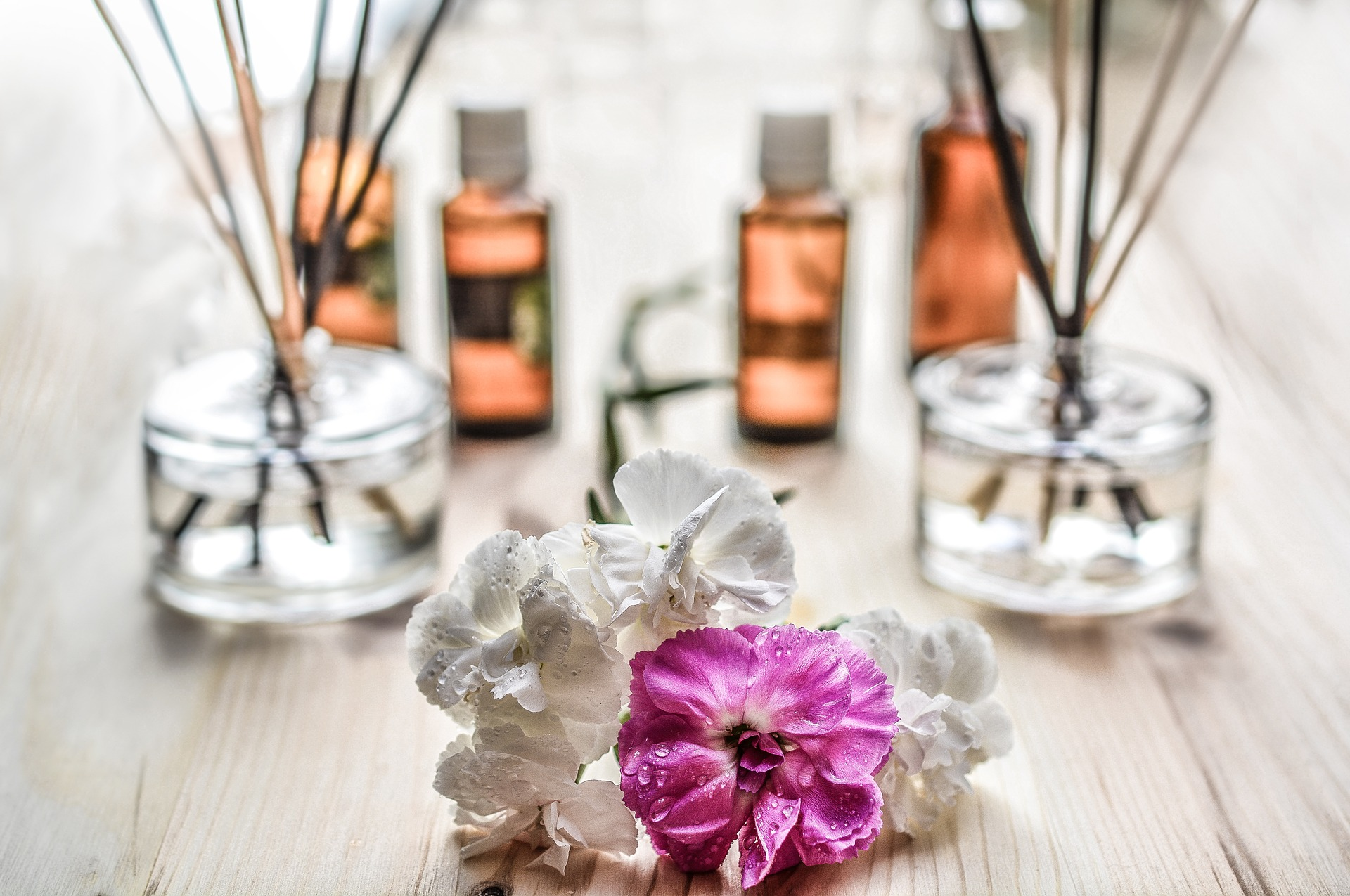 How To Make Your Bathroom Smell Better DECOLAVs Stay In The Know - How to make bathroom smell good